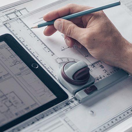 Männer-Hand-mit-Architektur